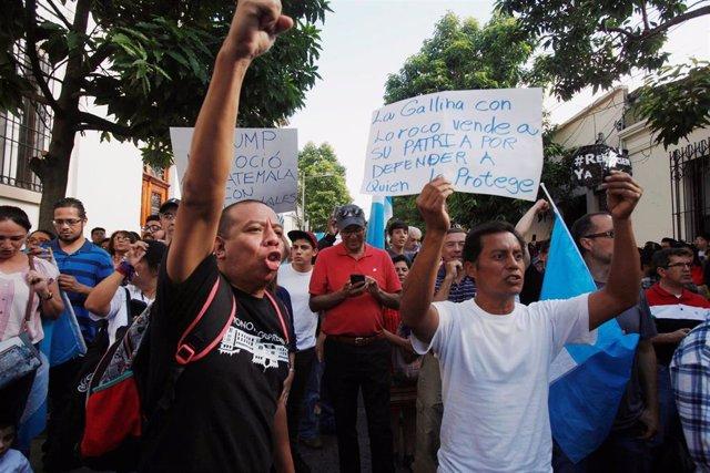Protesta contra el acuerdo migratorio entre Guatemala y Estados Unidos