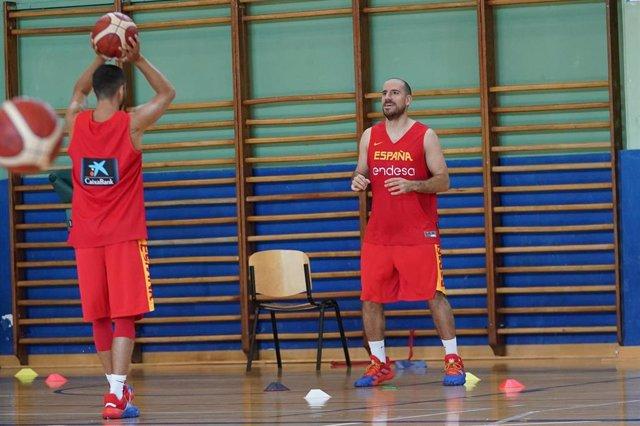 Quino Colom entrenando con la selección española