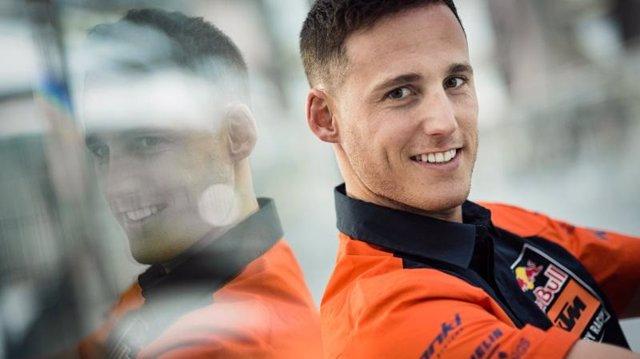 Pol Espargaró renueva con KTM por dos años