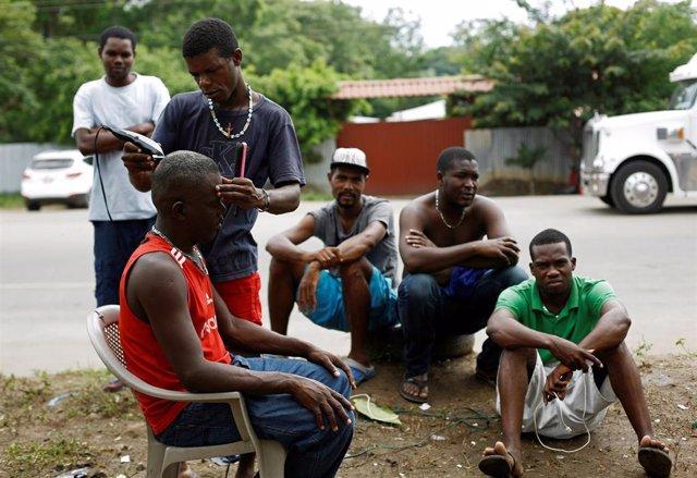 Un grupo de migrantes en Costa Rica.