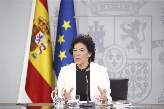 La ministra Portaveu, i d'Educació i Formació Professional en funcions, Isabel Celaá, compareix davant els mitjans de comunicació després de la reunió del Consell de Ministres en Moncloa.