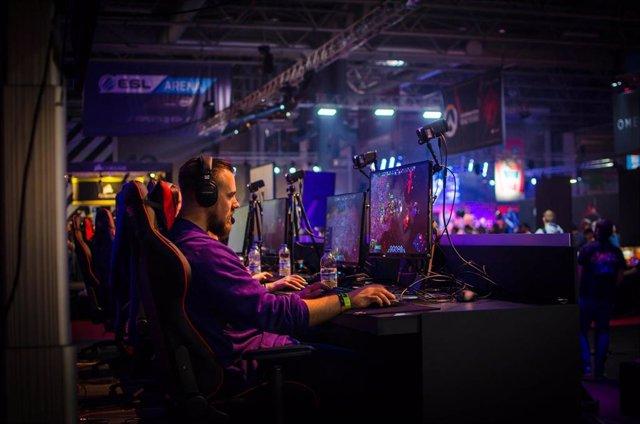 Aumenta la audiencia de los eSports un 50 por ciento