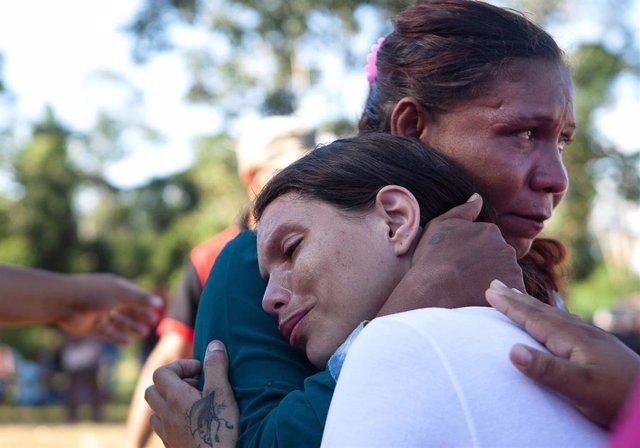 Familiares de reclusos de la prisión de Altamira