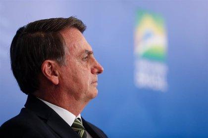 Brasil.- Bolsonaro planta al ministro de Exteriores francés para ir a cortarse el pelo