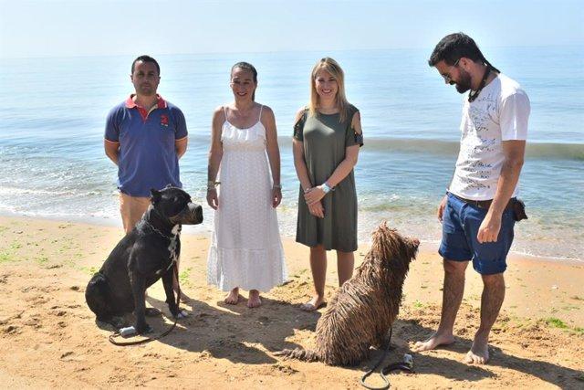 Inauguración en Lepe a la playa canina de Santa Pura.