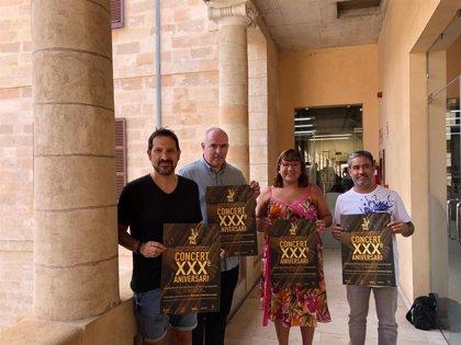 Más de 70 músicos conmemoran el 30 aniversario de la Banda de Música Sinfónica de Baleares en un concierto en Pollença