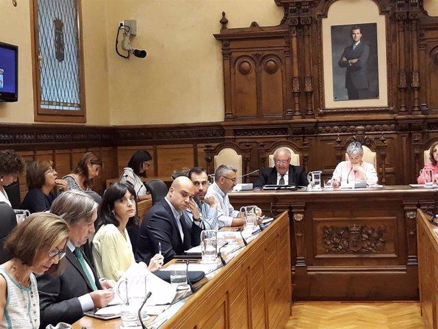 Corporación gijonesa durante el Pleno Municipal de Gijón