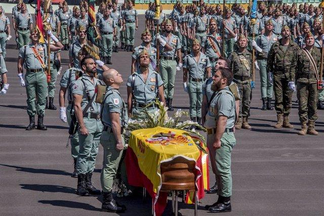 Funeral por el caballero legionario fallecido de un disparo durante unas maniobras en Alicante