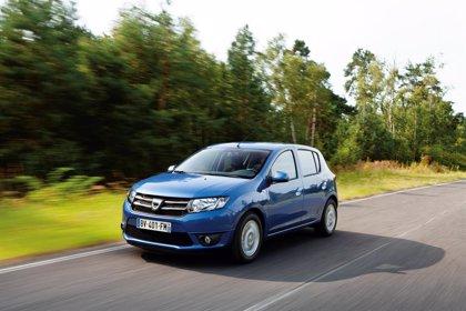 Seat, líder del mercado automovilístico español en julio y el Dacia Sandero, modelo más vendido