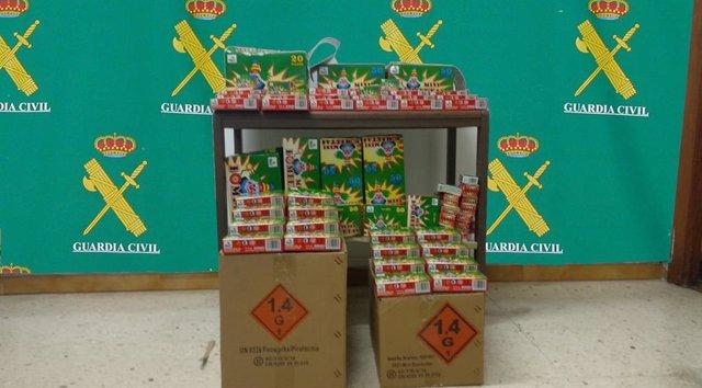 Intervenidos más de 6.000 petardos de venta ilegal en las fiestas del Carmen en Nigrán (Pontevedra).