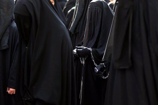 Mujeres con burka en Líbano