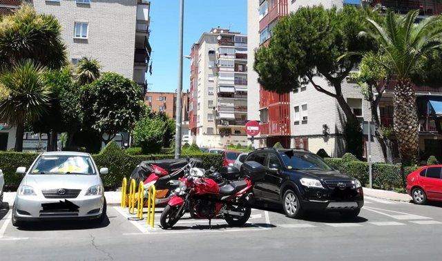 Imagen del aparcamiento de motos situado en la calle Unamuno, en la localidad de Fuenlabrada.
