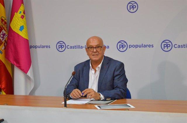 El diputado regional del PP Emilio Bravo