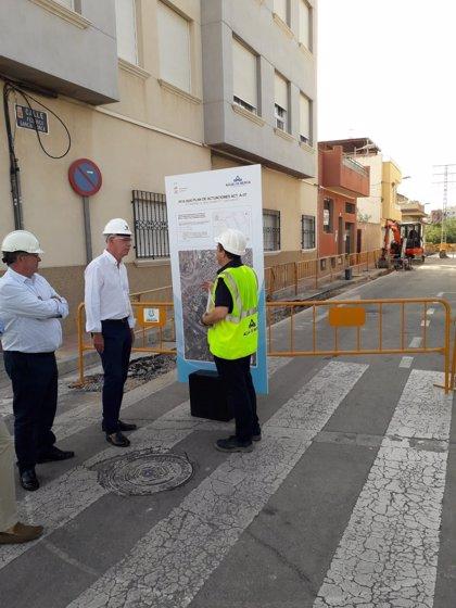 Aguas de Murcia renueva la red de abastecimiento de tres calles de Espinardo