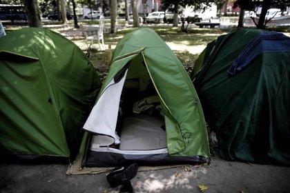 Libertad provisional para el portavoz de los 'sin techo' de la acampada del Prado acusado de lesiones y resistencia