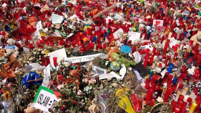 Atentado en Barcelona y Cambrils. Muestras de duelo y solidaridad con las víctimas en La Rambla