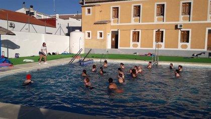 Diputación de Almería impulsa el ocio saludable entre más de 50 jóvenes de Alcolea, María y Urrácal