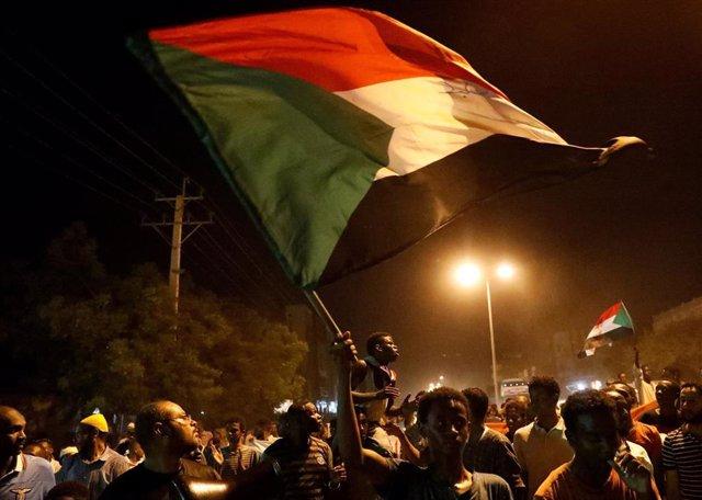 Manifestación en Jartum contra la nueva junta militar que gobierna Sudán