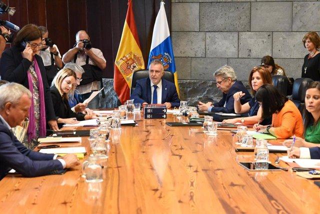 Reunión del primer Consejo de Gobierno de Canarias de agosto, presidido por Ángel Víctor Torres