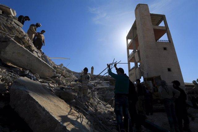 Hospital destruido por misiles en la provincia siria de Idlib