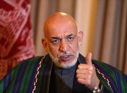 """Karzai denuncia que el proceso de paz en Afganistán """"no es propiedad de los afganos"""" y pone en duda el papel de EEUU"""
