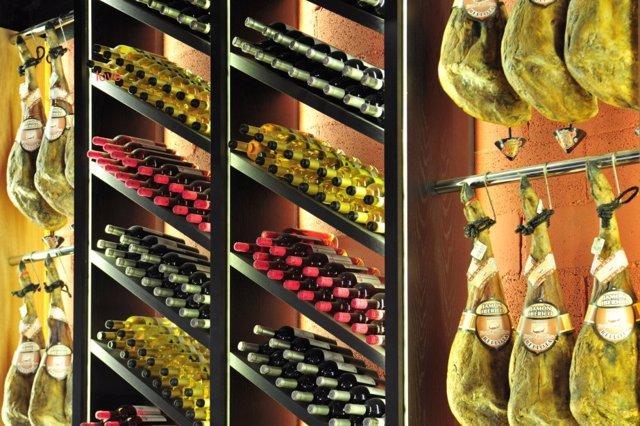 MasQMenos tienda jamón y vinos