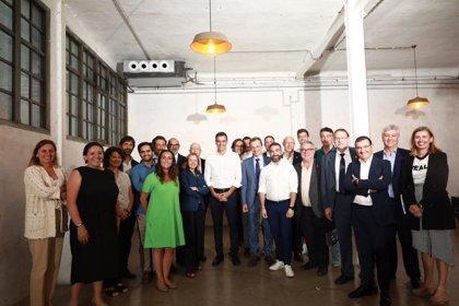Sánchez, Calviño y Duque abordan los retos de la digitalización con más de 20 asociaciones del sector