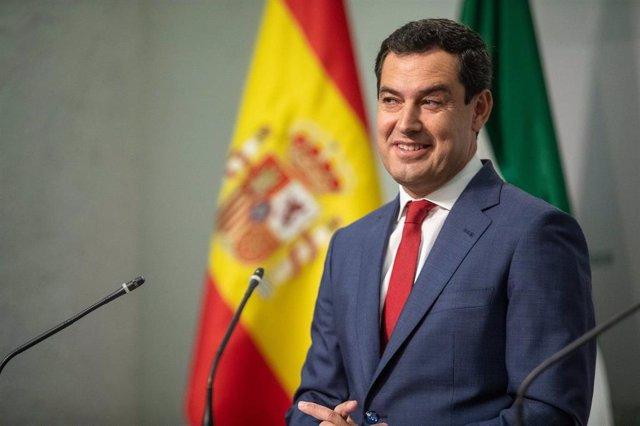 El presidente de la Junta de Andalucía, Juanma Moreno preside la reunión del Consejo de Gobierno y, al término de la sesión, comparece en rueda de prensa.