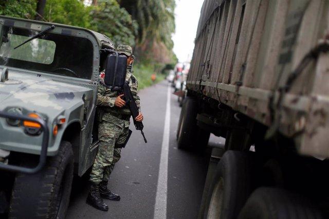 Un policía mexicano.