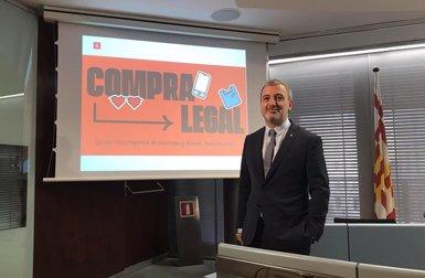 Barcelona presenta una campanya per dissuadir la compra en punts de venda ambulant no autoritzada (EUROPA PRESS)