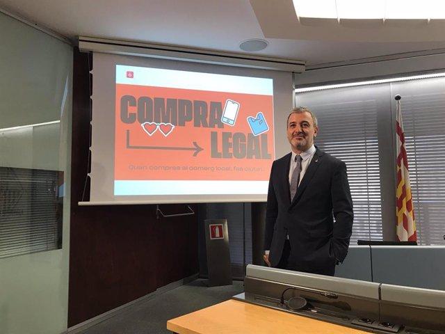 Jaume Collboni presenta una campanya contra la venda ambulant il·legal