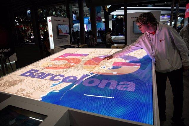 Estand de 5G Barcelona en el Mobile World Congress (MWC), en una foto d'arxiu.