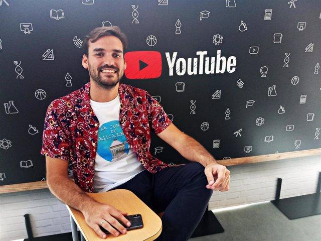 El docente José Antonio Luquero, responsable del canal de Youtube de divulgación histórica 'La cuna de Halicarnaso'.