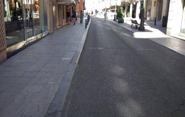 Paviment actual del carrer Pasión de Valladolid.