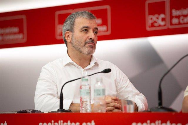 El líder del PSC a Barcelona, Jaume Collboni, intervé en la clausura de l'escola d'estiu del PSC a la Seu del PSC de Barcelona  (ARXIU)