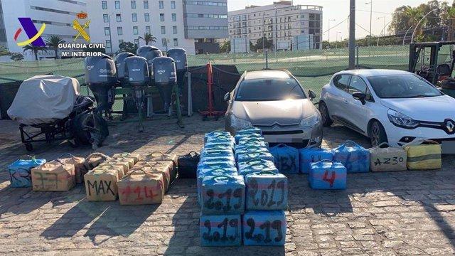 Droga intervenida por la Guardia Civil tras una actuación frente a las costas de Huelva capital