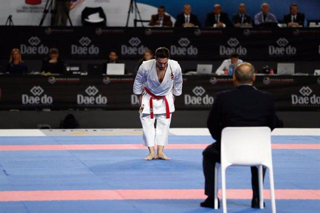 Damián Quintero durante su kata en el Mundial de Madrid