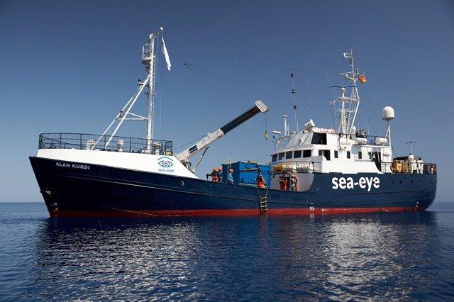 El vaixell de rescat 'Alan Kurdi'
