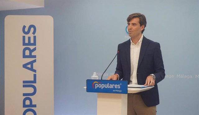 El  vicesecretario de Comunicación del Partido Popular, Pablo Montesinos, en rueda de prensa en Málaga
