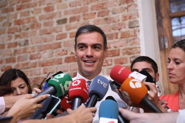 AMP.- Pedro Sánchez se reunirá este martes con representantes de la comunidad ed