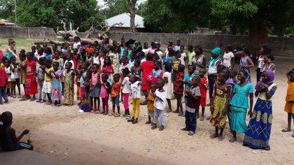 El Grupo Cofares entrega productos sanitarios y realiza un voluntariado en Senegal