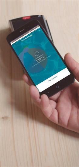 CaixaBank alcanca un milió de clients de pagament mòbil.