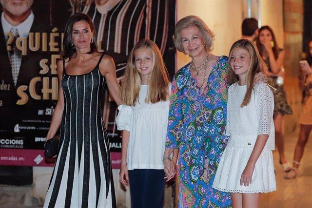 La Reina Letizia, la Princesa Leonor, la Infanta Sofía y Doña Sofía en Mallorca