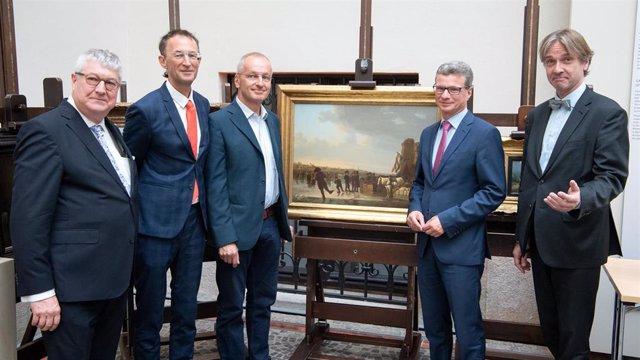 Resultado de imagen para Descendientes de judíos recuperan obras de arte robadas por los nazis