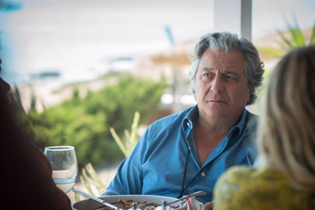 El actor Christian Clavier, en 'Un verano en Ibiza'