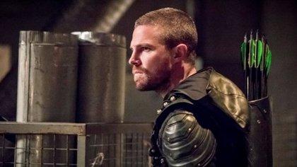 La 8ª temporada de Arrow se ambientará en Tierra-1
