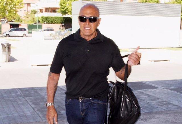 Kiko Matamoros llega al hospital