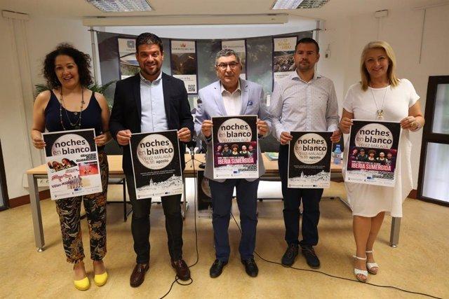 Presentación de las Noches en Blanco de Vélez-Málaga que se celebran el 9 y 10 de agosto