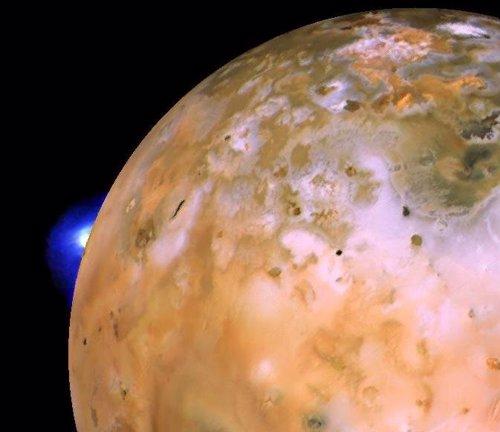 Erupción en el volcán Loki de Io