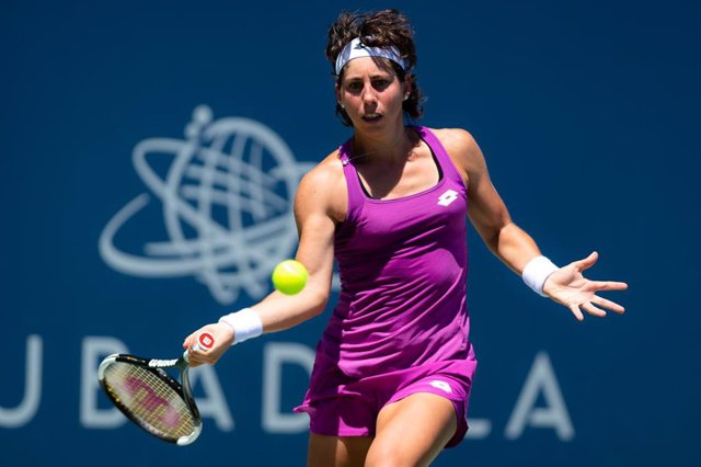 Carla Suarez Navarro of Spain in action during her quarter-final match at the 2019 Mubadala Silicon Valley Classic WTA Premier Tennis Tournament against Aryna Sabalenka of Belarus